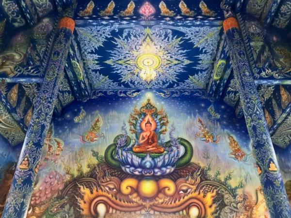 ワットロンスアテンの天井に描かれているブッタの絵