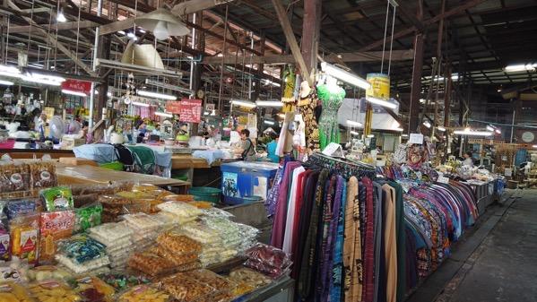 ミンムアン市場