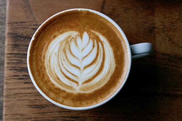 HE OLD CHIANGMAI CAFEのカフェラテ