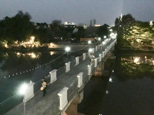ジャンソム橋