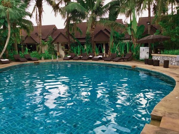 ラルーナホテルリゾートチェンライのプール