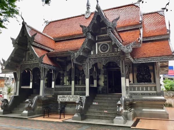 ムーンサーン寺院のスッタジット美術館