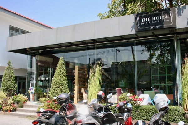 ジンジャーカフェの右側の雑貨&カフェレストラン