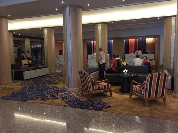 ウィアン イン ホテルのフロント