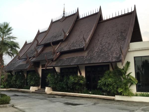 ラルナホテル&リゾートチェンライの屋根