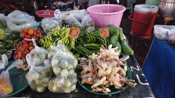 ボーラン市場の野菜