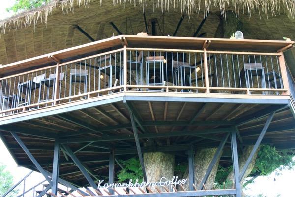 カオマカームカフェの2階