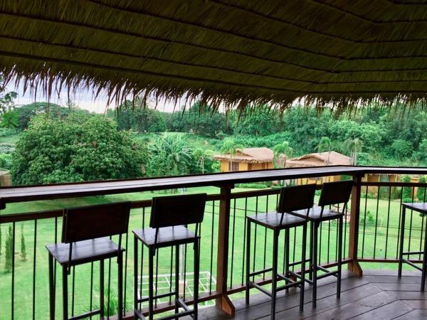 Kaomakham coffeeの360度に広がる美しい緑の景色