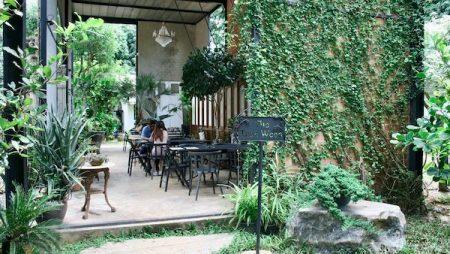 「The Ironwood」メーリムエリアで人気のカフェレストラン