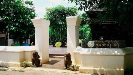 チェンマイの遺跡群にあるタイ北部料理レストラン