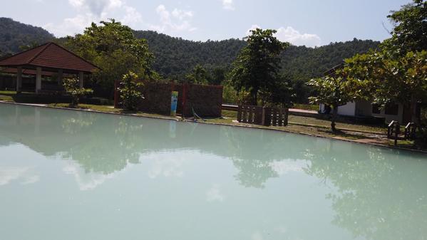 パーボーン温泉の山の風景