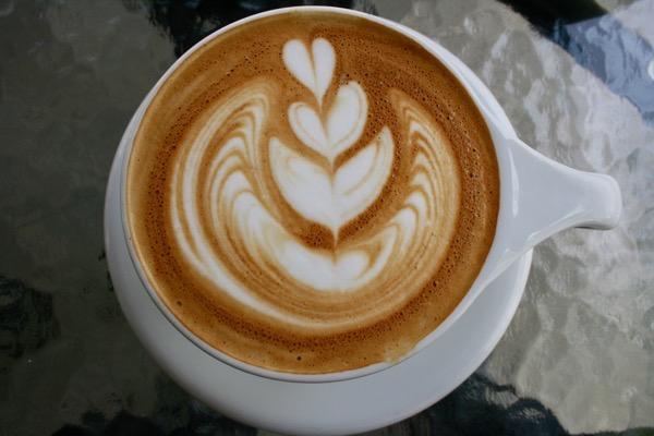 Asama cafeのラテアート