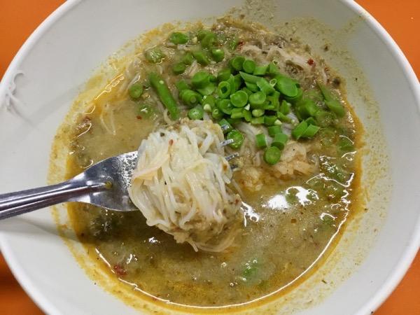 カノムジーンサンパコーイの日本と同じ素麺