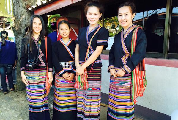 タイルー族の写真