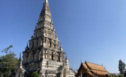 ワット・チェディリアム ウィアンクムカーム遺跡の巨大仏塔